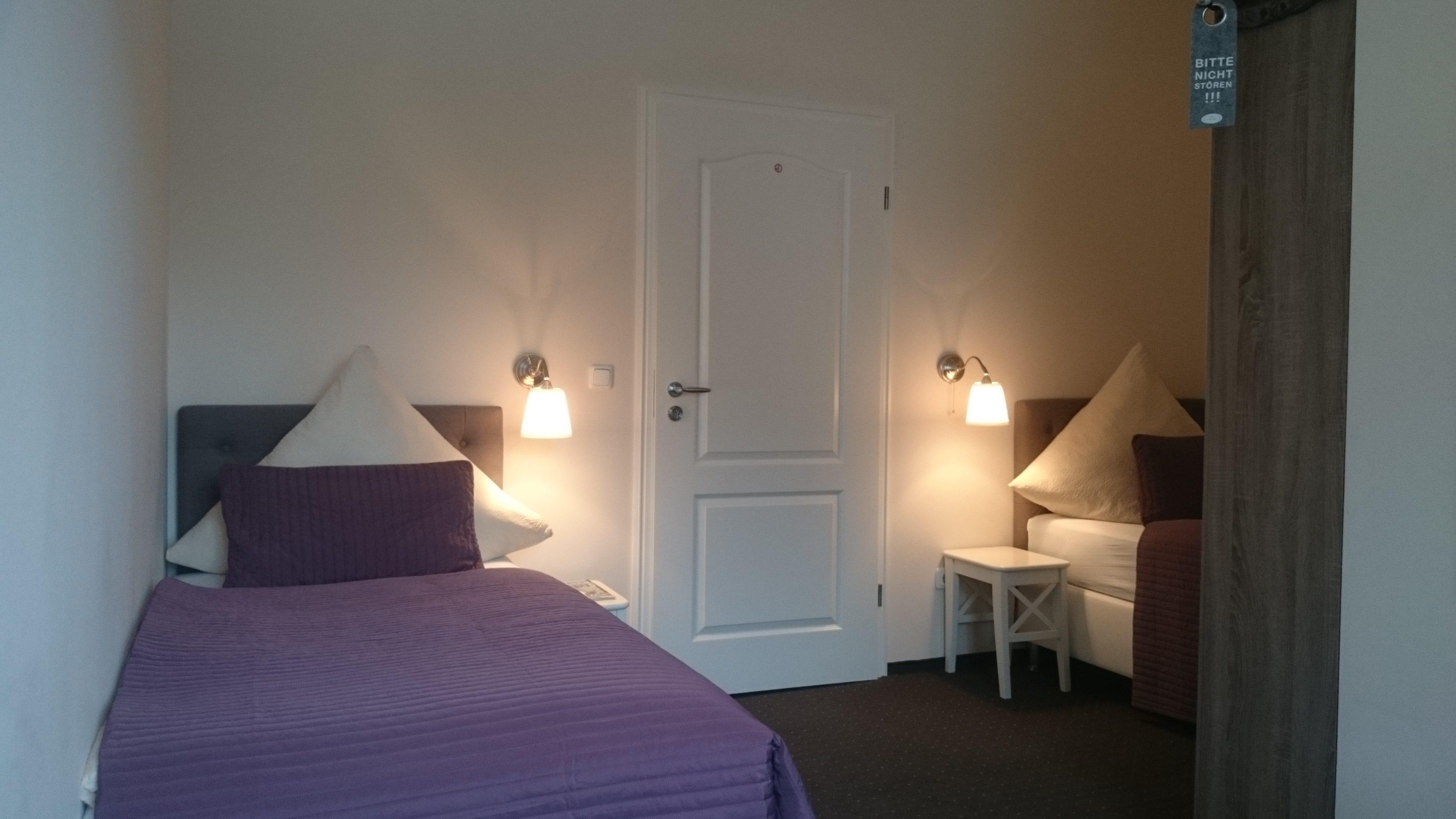 Kostenlose Zimmer für Erwachsene